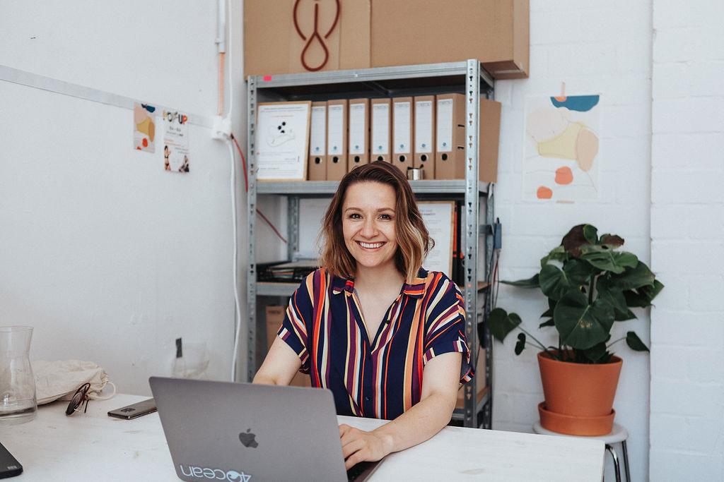 Julia Rittereiser, Gründerin von Kora Mikino